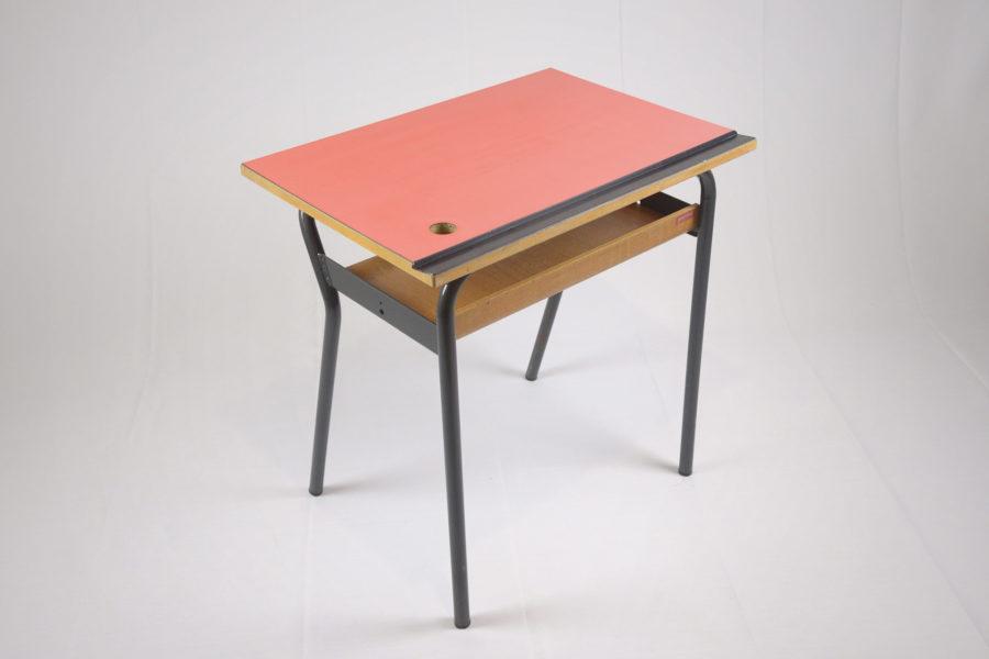 Table d'écolier - DSC_9429.jpg