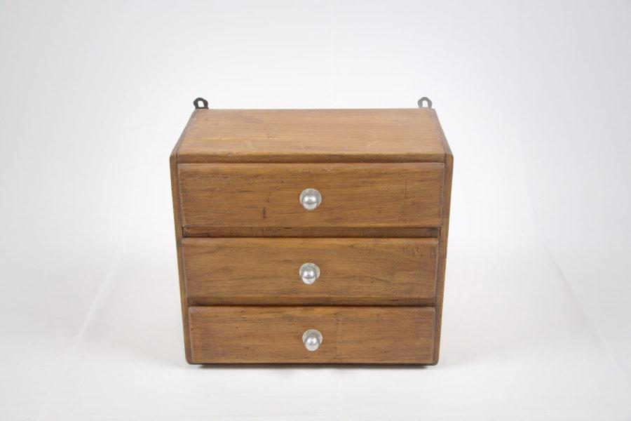 Petit meuble à 3 tiroirs - DSC_9488.jpg