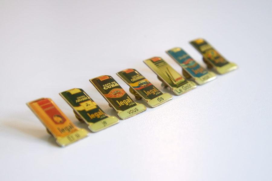 Lot de 8 pin's publicitaires Legal, le goût ! - DSC_9514.jpg