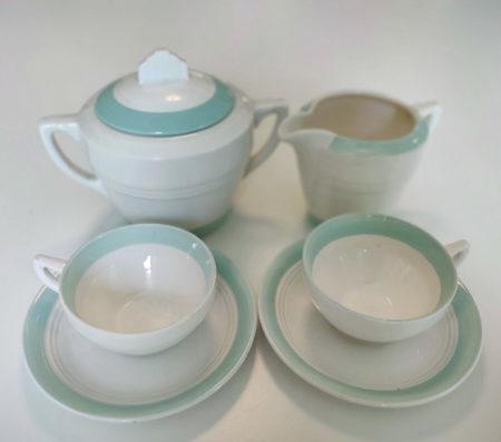 Ensemble à café : Tasses, sucrier & pot à lait