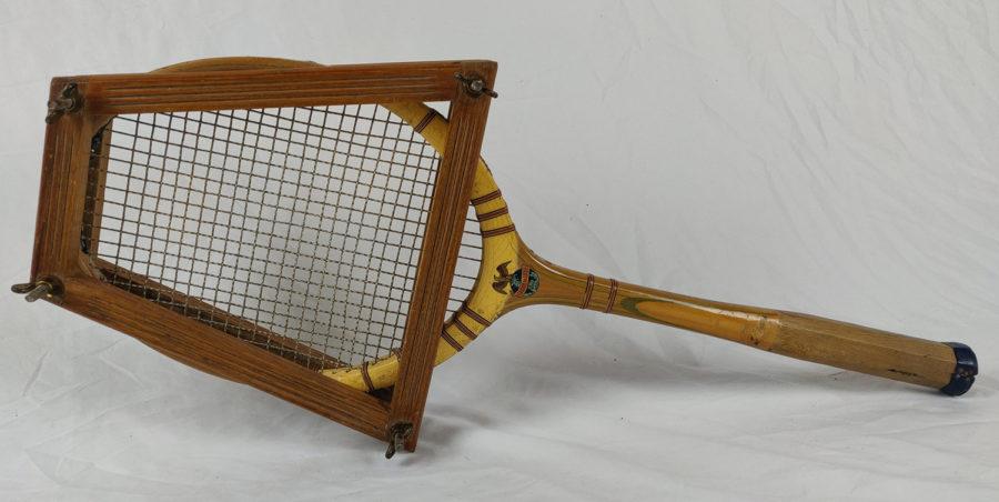 Lot de 3 raquettes de Tennis anciennes - raquette-3-entier.jpg